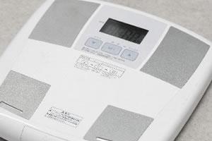 腹筋を短期間で割る方法!効果的な3つのコツと2つの誤り!