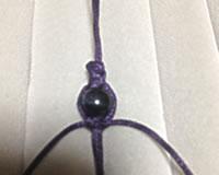 蝋引き紐で編んだパワーストーン・ブレスレットの作り方